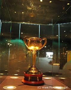 メルボルンカップ歴史博物館では優勝カップも展示