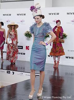 メルボルンカップではファッションショーも開かれる