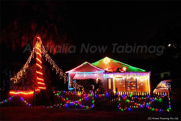 シドニー郊外住宅街のクリスマス風景