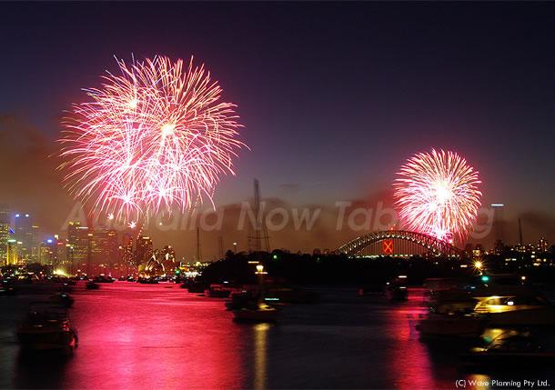 シドニーからHappy New Year ! シドニー湾花火大会 2011年1月1日