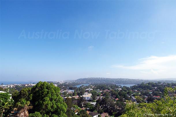 30℃超えの真夏日が続くシドニー 2011年2月2日