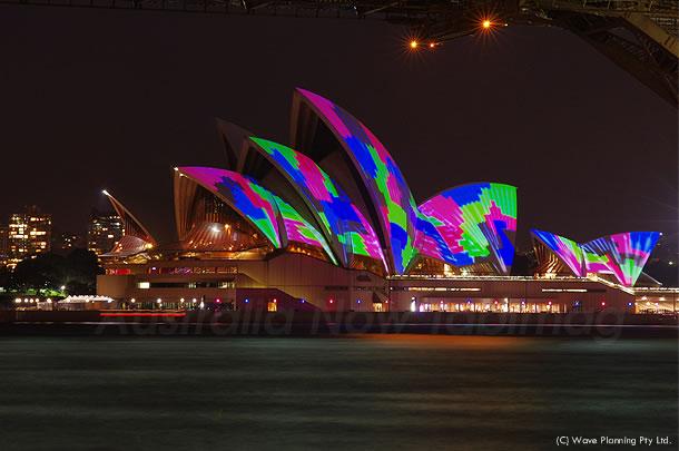 南半球最大の光と音楽の祭典「ビビッド・シドニー VIVID SYDNEY」