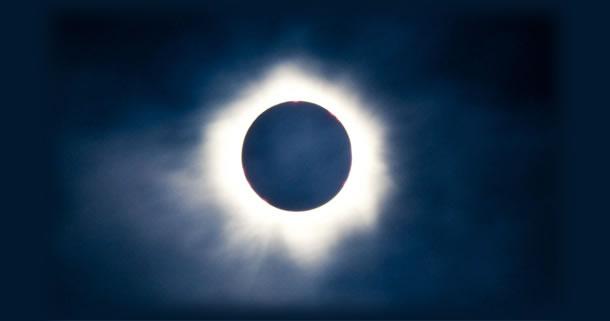 オーストラリアで神秘的な天体ショー、皆既日食を見よう!:ケアンズの旅