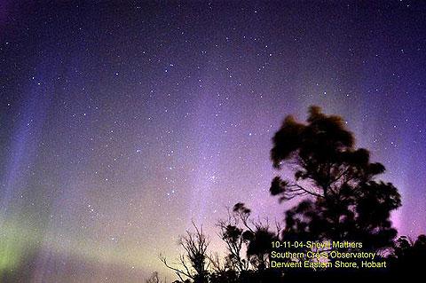 タスマニアで撮影されたオーロラ (C) Shevill Mathers, Southern Cross Observatory- Tasmania.