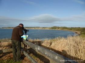 島内の鳥見ポイントをすべて網羅したバードウォッチングツアー