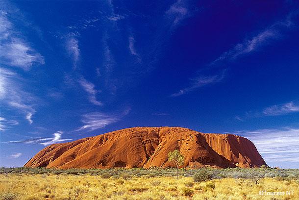 オーストラリアで人気の世界遺産ウルル(エアーズロック)