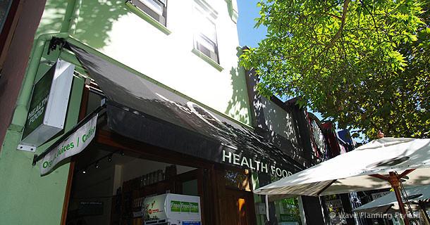 サリーヒルズにあるオー・カフェ本店