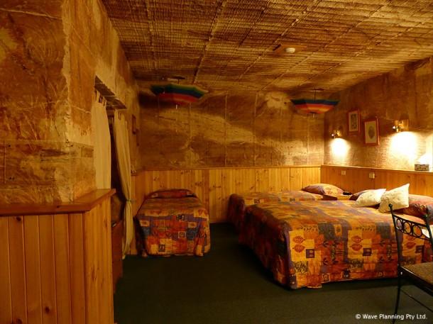 ゲストルームは家族でも泊まれそうな広さ
