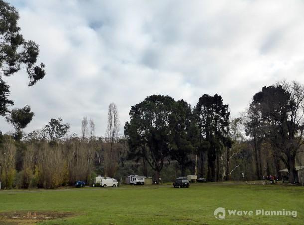 アデレード郊外のタバーンがやっているキャンプ・グラウンド。やたら広い!