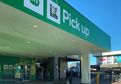 オーストラリアの非接触型買い物事情 ~レジでの会計不要!完全に顧客一人で買物完了できる「Scan & Go」と入店不要「ドライブスルーClick & Colect」